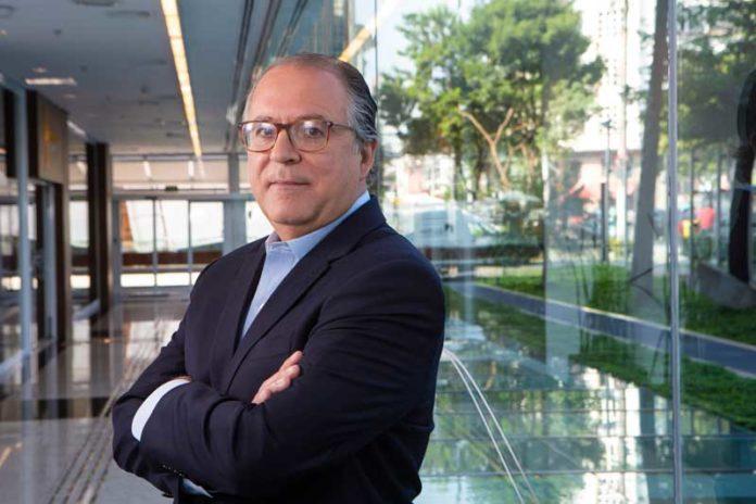 Roberto Santos fala sobre apólices atreladas à CNH do motorista